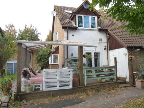 Thumbnail Property for sale in Ammanford Green, Ruthin Close, London