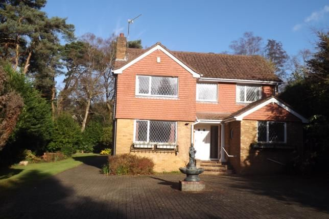 Thumbnail Detached house for sale in Bassett Heath Avenue, Southampton