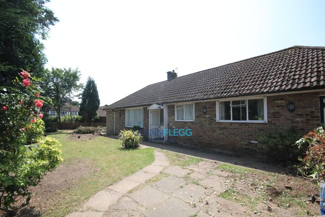 Thumbnail Property to rent in Pinewood Green, Iver