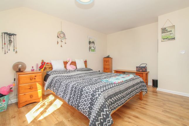 Bedroom1 of Nesfield Close, Chesterfield S41