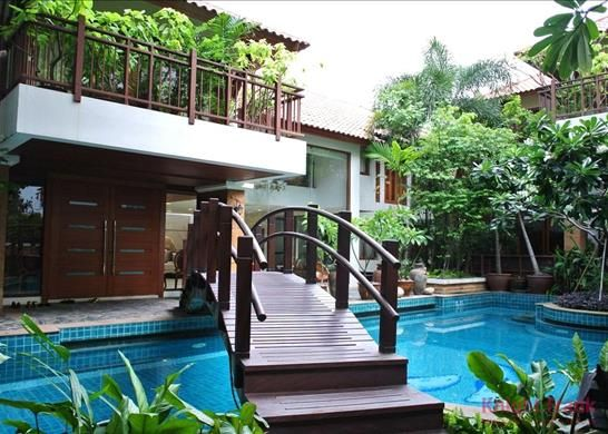 Thumbnail Property for sale in 24 Sukhumvit, Khwaeng Khlong Toei Nuea, Khet Watthana, Krung Thep Maha Nakhon 10110, Thailand