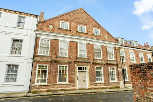Thumbnail Flat for sale in Cromwell House, Ogleforth, York