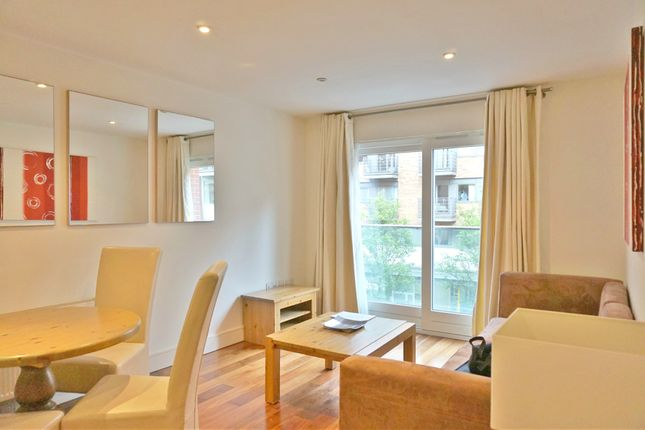 2 bed flat to rent in Medway Street, Westminster