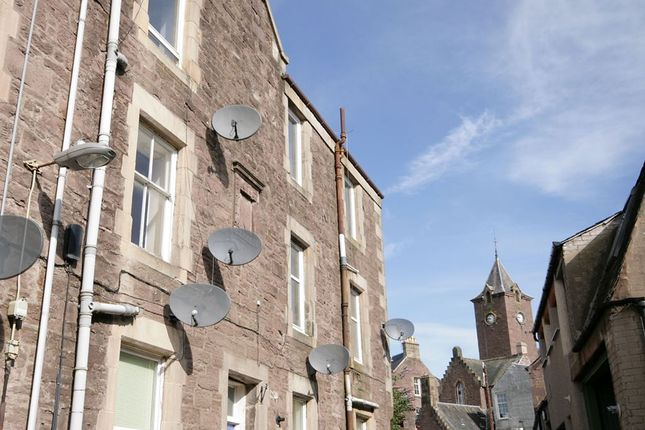 Thumbnail Flat to rent in Cornton Place, Crieff