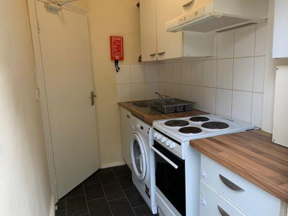 Kitchen of Blenheim Road, London E17