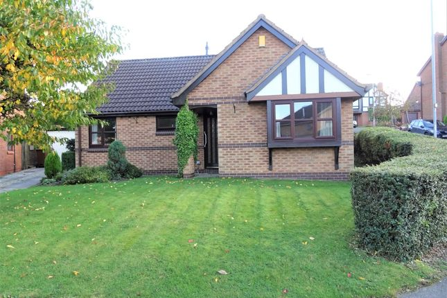 Thumbnail Bungalow to rent in Lakeland Way, Walton, Wakefield
