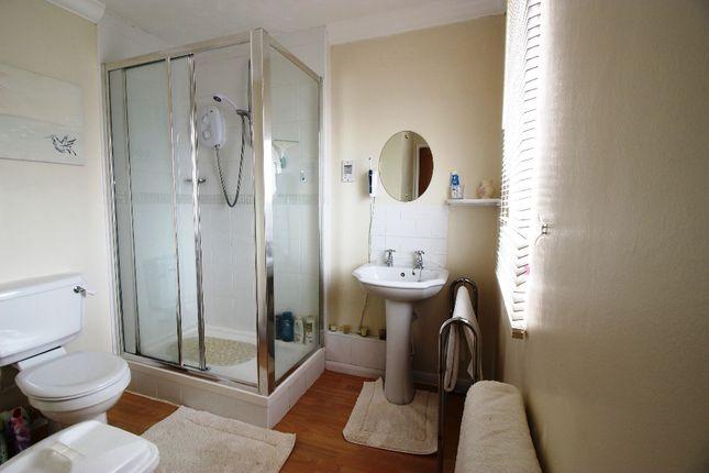 En Suite of Fawkham Road, West Kingsdown, Sevenoaks TN15