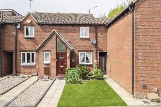 Thumbnail Terraced house for sale in Coney Grange, Warfield, Bracknell, Berkshire