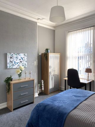 Thumbnail Property to rent in Argyle Square, Sunderland