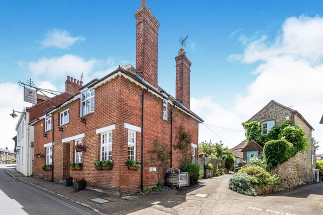 Thumbnail Property for sale in High Street, Petworth