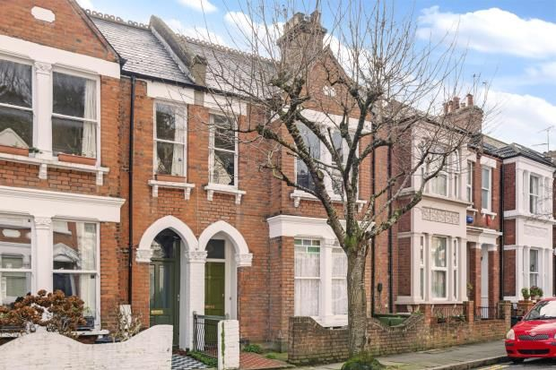 Thumbnail Flat for sale in Waterlow Road, Highgate Borders, London