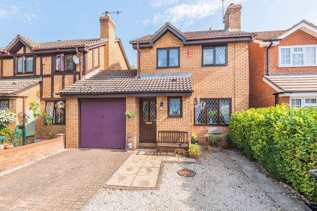 Thumbnail Detached house for sale in Downs View, Holybourne, Alton