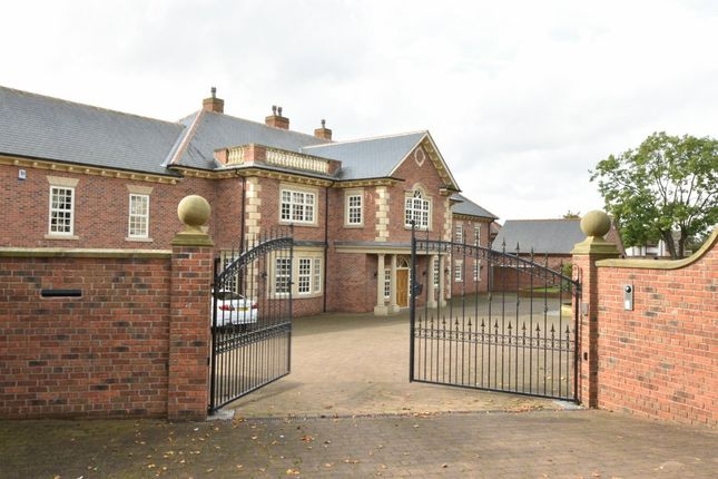 Thumbnail Detached house for sale in Selby Road, Garforth, Leeds