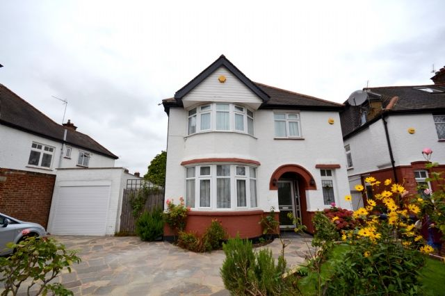 Thumbnail Detached house to rent in Wentworth Park, Finchley, London