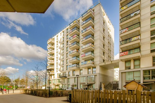 Thumbnail Flat to rent in Prize Walk, Stratford