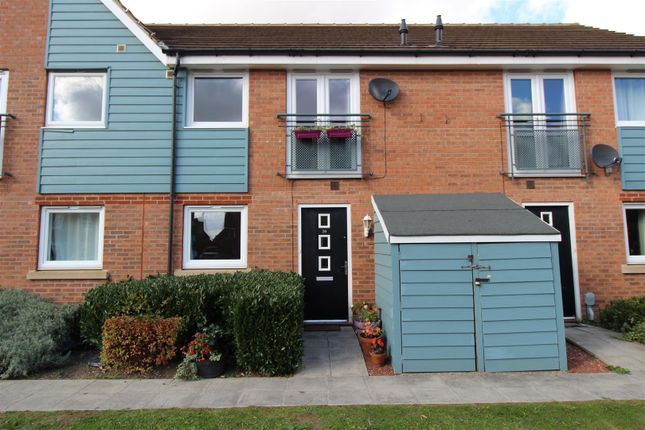 Thumbnail Property to rent in Sandwell Park, Kingswood, Hull
