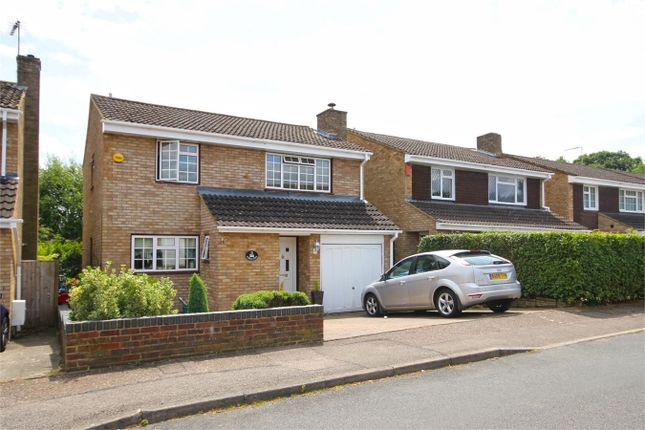 Thumbnail Detached house to rent in Botley Road, Woodhall Farm, Hemel Hempstead