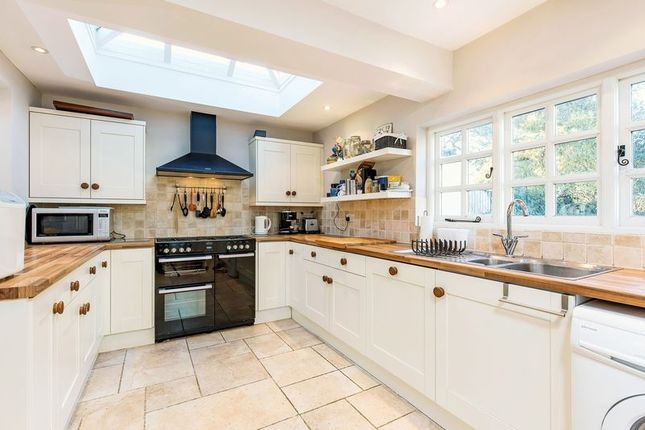 Thumbnail Semi-detached house to rent in The Drove, Twyford, Winchester