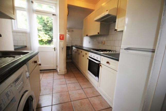 Thumbnail Town house to rent in Coombe Road, Brighton, East Sussex