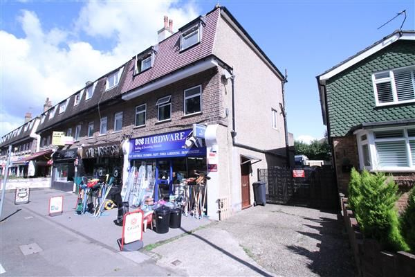 Thumbnail Maisonette for sale in Coulsdon Road, Old Coulsdon, Coulsdon