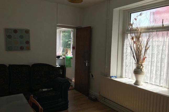 Thumbnail Shared accommodation to rent in 29 Henrietta Street, Swansea