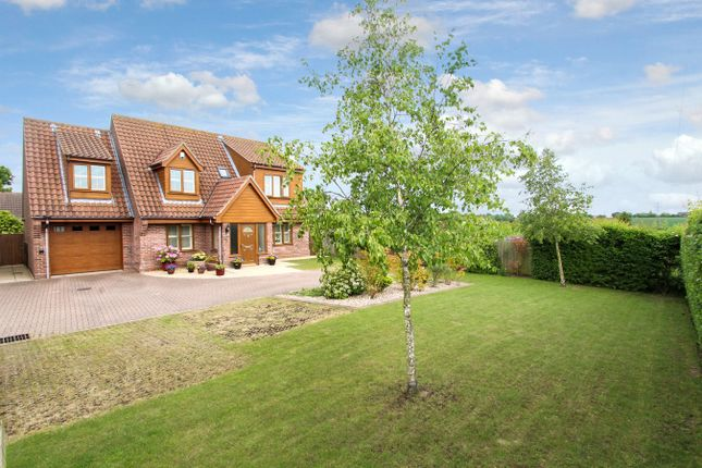 Thumbnail Detached house for sale in Poplar Hill, Stowmarket