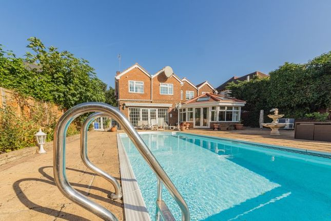 Thumbnail Detached house for sale in St. Albans Road West, Hatfield