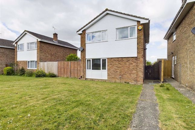 3 bed detached house to rent in Stonechat Avenue, Abbeydale, Gloucester GL4