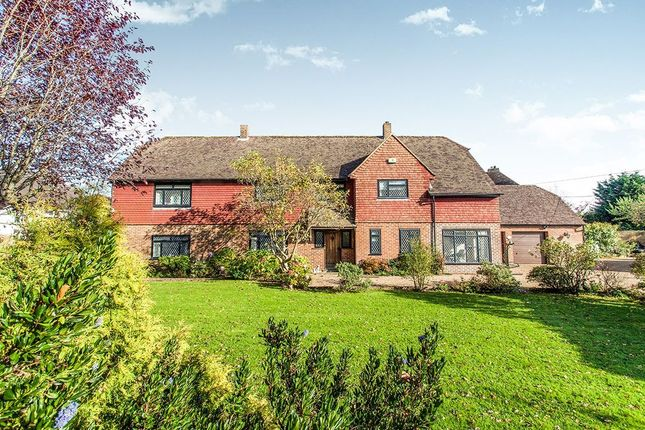 Thumbnail Detached house for sale in Bardown Road, Stonegate, Wadhurst