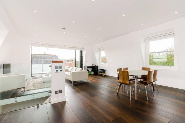 Thumbnail Flat for sale in Waldemar Avenue, Fulham
