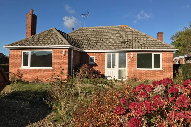 Thumbnail Bungalow to rent in Northorpe, Thurlby, Bourne