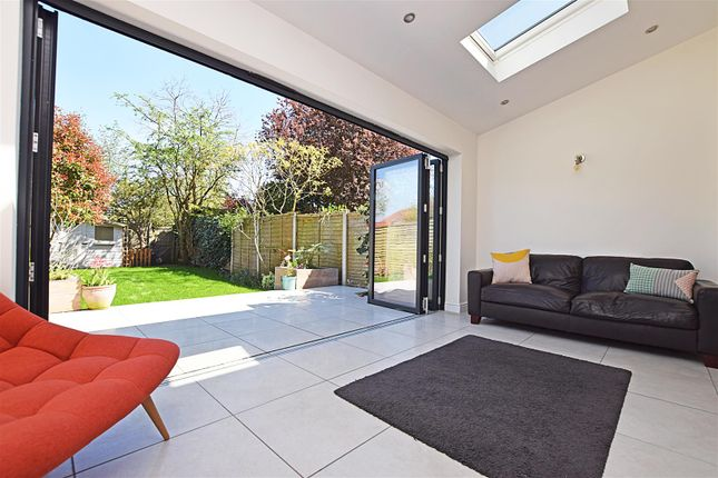 Thumbnail Terraced house for sale in Westbrook Avenue, Hampton