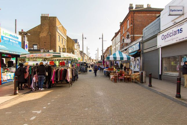 Thumbnail Flat to rent in High Street, Walthamstow