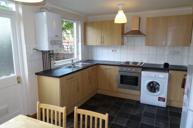 Thumbnail Duplex to rent in Burke Close, Roehampton, London