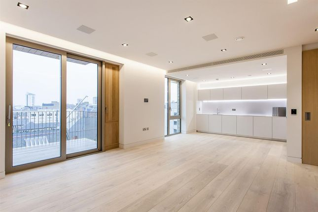 Thumbnail Flat for sale in Chatsworth House, One Tower Bridge, London