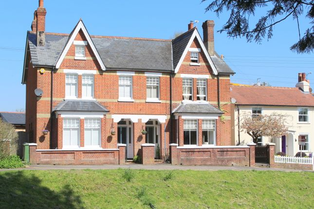 Thumbnail Semi-detached house to rent in Pound Hill, Alresford