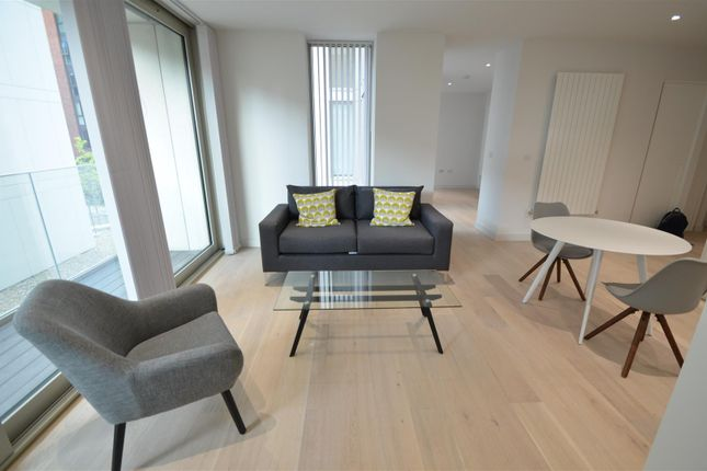 Thumbnail Flat to rent in Admiralty Avenue, London