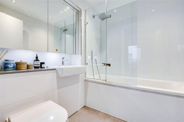 Bathroom of Ireton House, 3 Stamford Square, London SW15