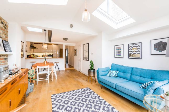 Thumbnail Property to rent in Gloucester Road, Walthamstow