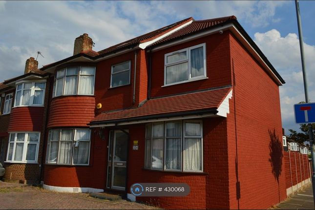 Thumbnail End terrace house to rent in New North Road, Ilford