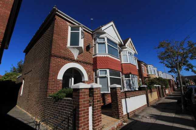 Thumbnail Semi-detached house to rent in Battenburg Avenue, Portsmouth