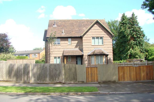 Thumbnail Detached house to rent in Sandelswood End, Beaconsfield, Buckinghamshire