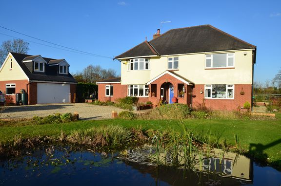 Thumbnail Detached house for sale in Halberton Road, Willand, Cullompton