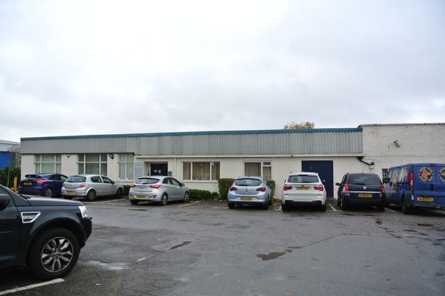 Thumbnail Office to let in Surrey Avenue, Camberley