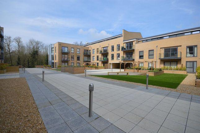 Thumbnail Flat to rent in Richardson House, Nash Mills Wharf, Hemel Hempstead