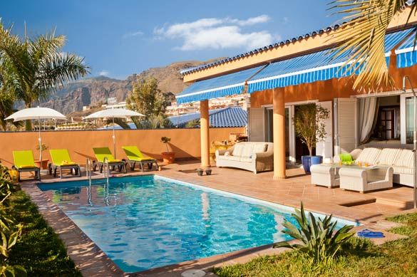 Villa for sale in Calle Bermeano, Playa De La Arena, Puerto De Santiago, Tenerife, Canary Islands, Spain