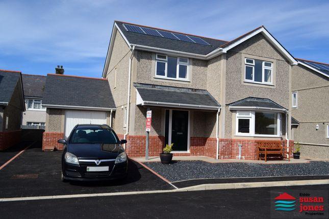 Thumbnail Detached house for sale in Bro Gwystl, Y Ffor, Pwllheli