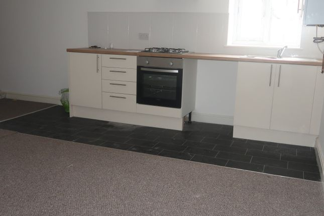 Thumbnail Flat to rent in 4 Dunraven Street, Tonypandy