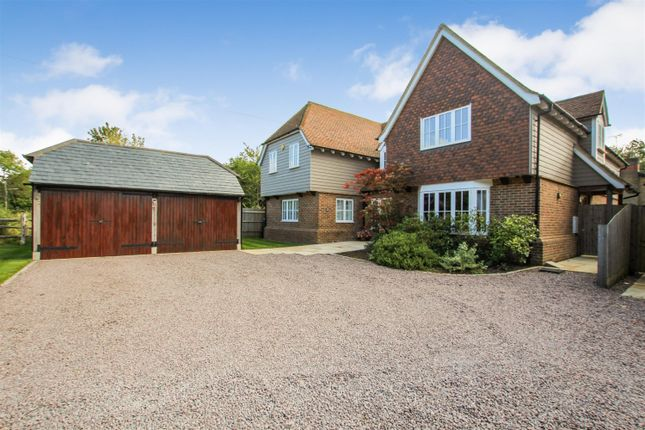 Thumbnail Detached house for sale in Bletchley Road, Stewkley, Buckinghamshire