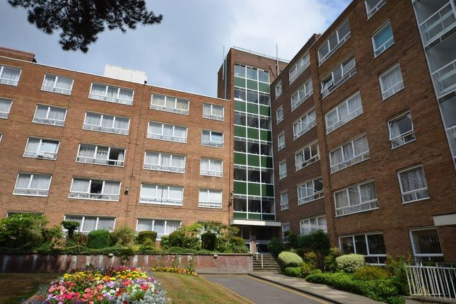 Thumbnail Flat to rent in High Mount, Station Road, London